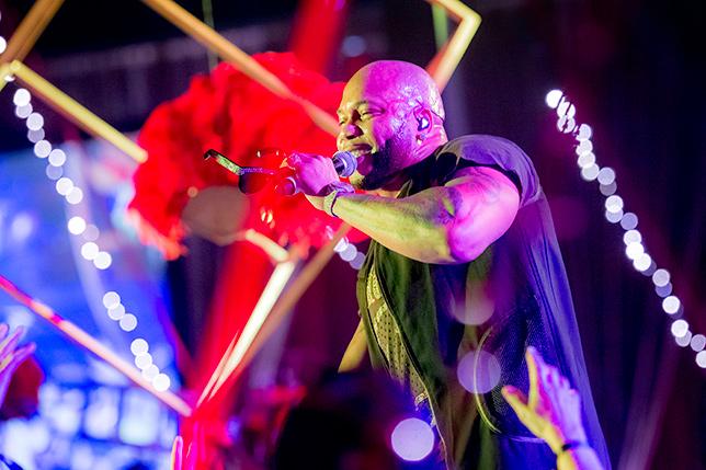 Flo Rida performs at the Miami Gala